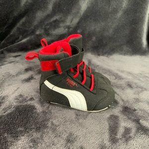 Baby Puma sneaker